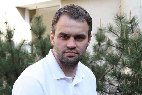 Donatas Sabaliauskas - pirmasis tos vienintelės naujokų biržos šaukimas. Po to prasidėjo emigracija, laisvas žaidėjų judėjimas ir kitos nesąmonės, kurios tą biržą pavertė nereikalinga.